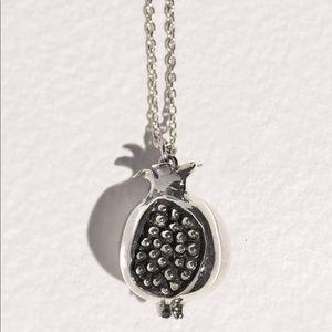 Pamela Love Hera pendant necklace